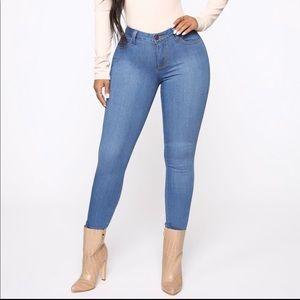 Fashion Nova high waist skinny jeans size 7